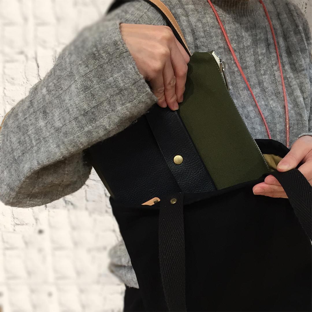 鞄の中を整理できる便利なインナーバッグ